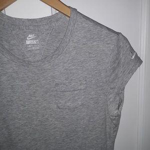 Nike cotton pocket tee